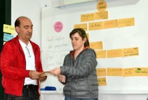 José Giovani e Thaise conduzindo o diagnóstico rural coletivo.